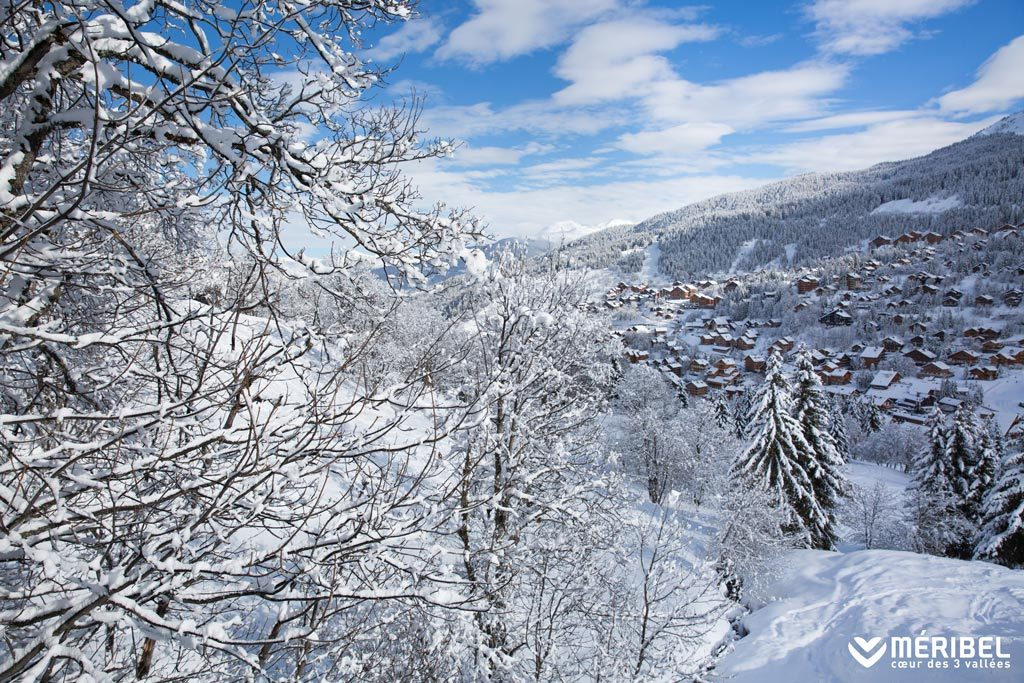 Meribel neige village