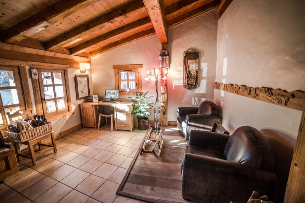 Presentation chalet luxe rent luxury chalet 1
