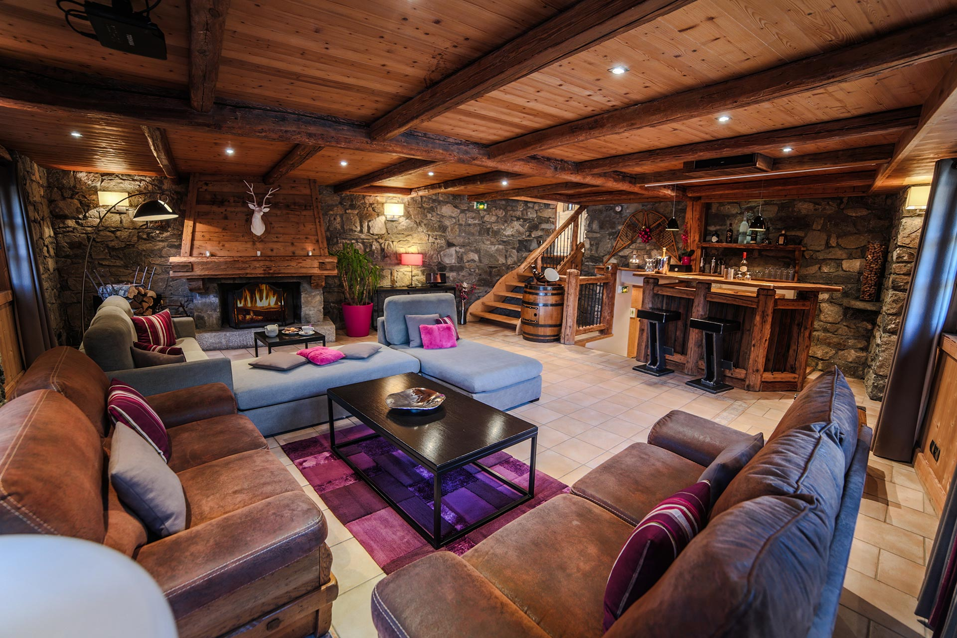 Interieur salon chalet luxe meribel